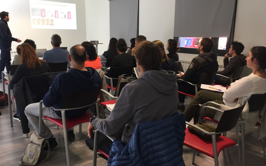19 personas asisten a las cápsulas formativas sobre Instagram en el CEI Val d'Aran